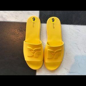 Diane Von Furstenberg rubber slides